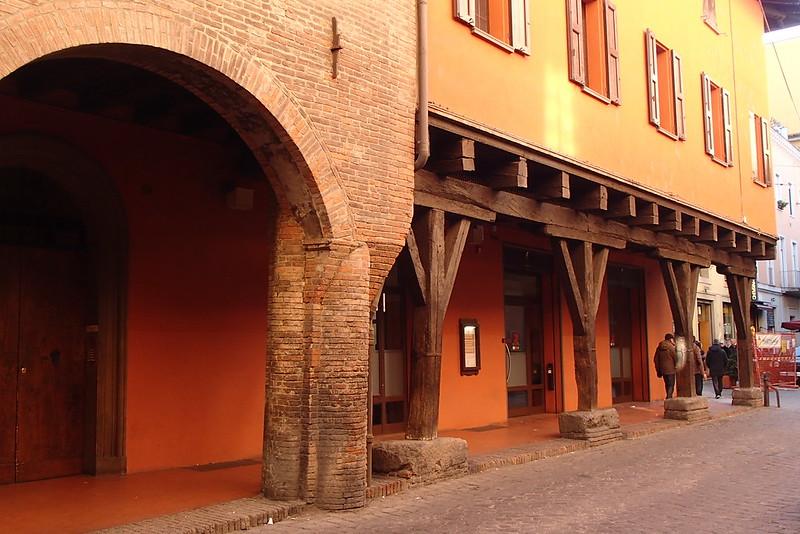 Portici dell'ex ghetto ebraico di Bologna
